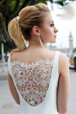Extra široké tylové luxusní svatební šaty Narin...