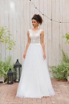 Průsvitné vintage jednoduché svatební šaty, krajka, zajímavé sukně...